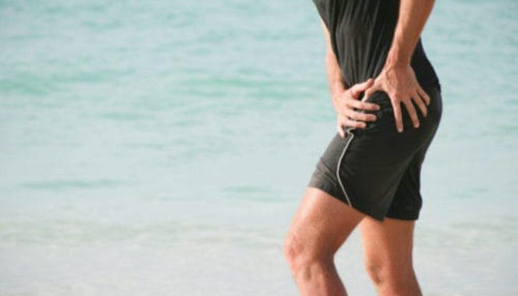 Chiropractor-hip-pain